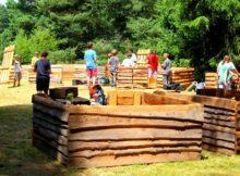 Stavba dřevěných podsad.